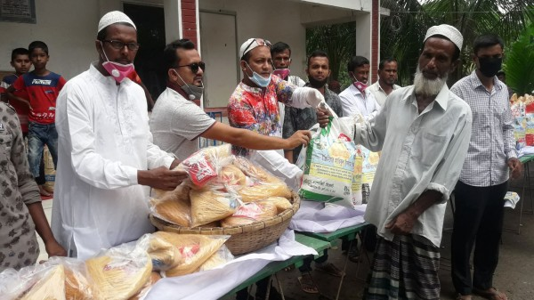 Madaripur 20-05-2020 (Food Distribution) Pic. (1)